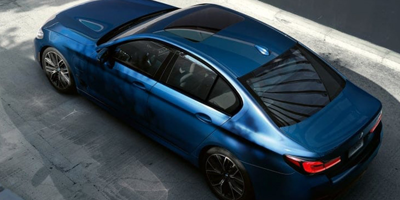 2021 BMW 5 Series technology