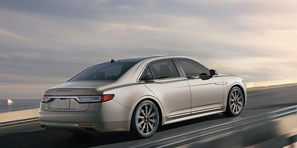 2020 Lincoln Continental design