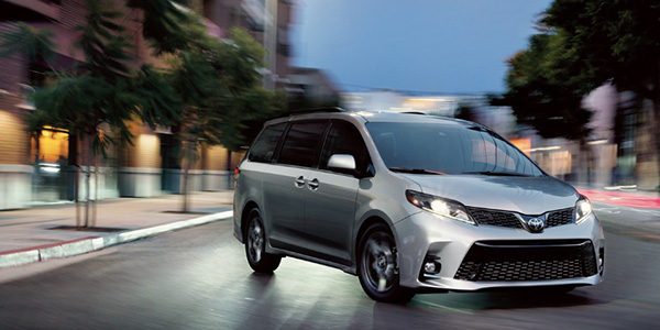 2020 Toyota Sienna technology