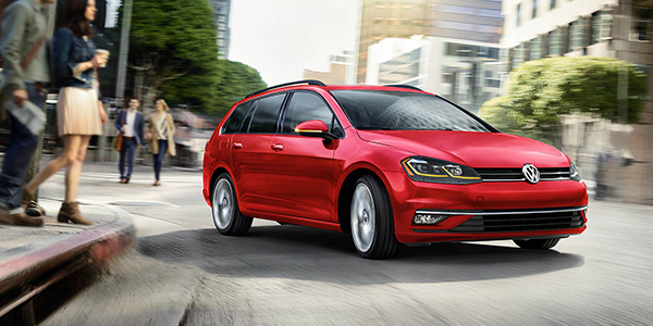 New Volkswagen Golf Sportwagen