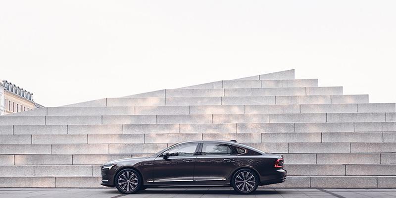 2021 Volvo S90 performance