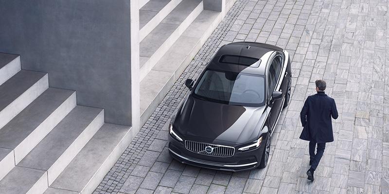 2021 Volvo S90 technology
